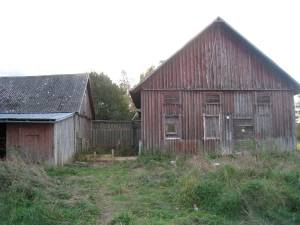 Barn in need of care