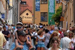 Visby under Almedalsveckan - (cc) Socialdemokrater (http://www.flickr.com/photos/flickr-s/)